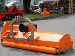 slagleklipper for traktor med reversibel montering arbejdsbredd 180 cm sideforskydning mod puma 180 rev