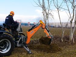 universal bagmontered rendegraver med skovl til traktor mod dk 1950