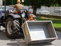transportkasse til traktor t 1600