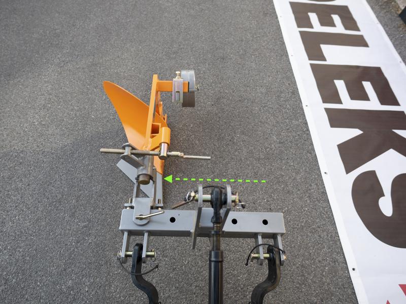 single-plov-med-hjul-for-traktorer-som-yanmar-iseki-dp-20