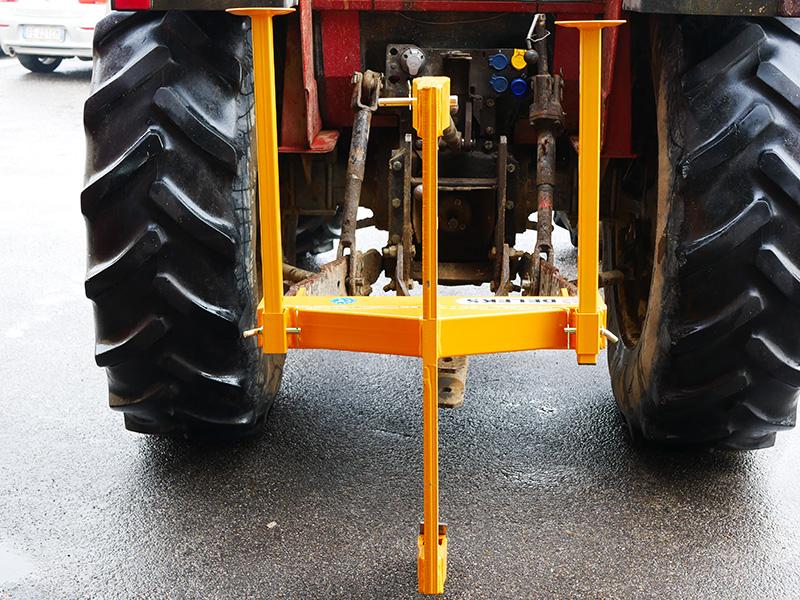 en-tand-grubber-for-traktor-mod-dr-60