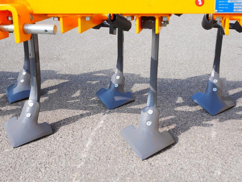 kultivator-215cm-kultivator-med-fjerer-for-jordbearbejdning-mod-de-215-9-v