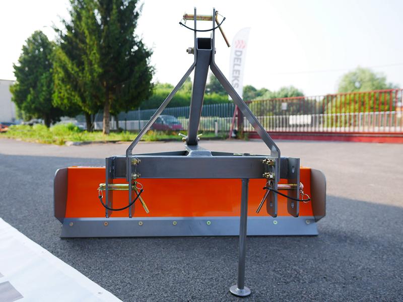 vejskrabe-150cm-for-traktor-mod-dl-150
