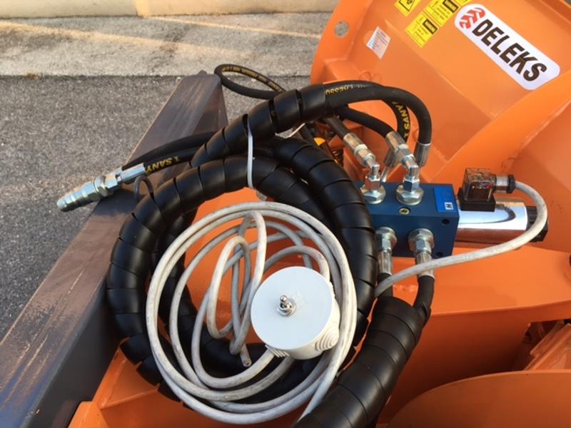 sneplov-for-traktor-med-tre-punkts-fæste-lnv-220-c