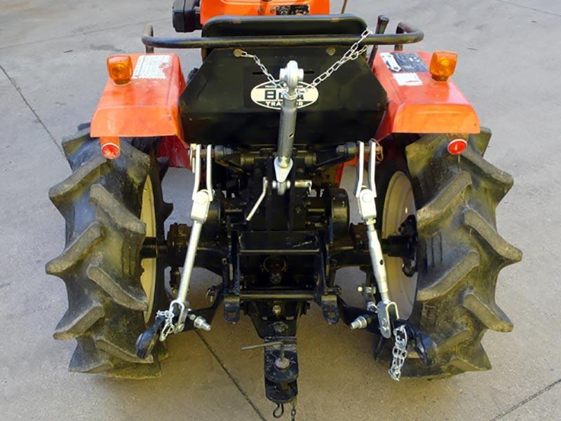 trepunktsophæng-til-små-traktorer-kubota-iseki