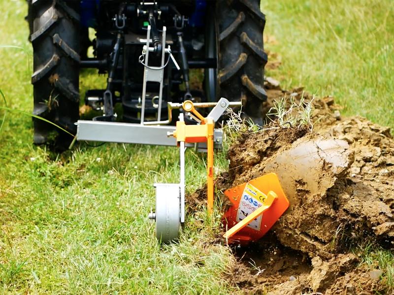 single-plov-til-traktorer-som-kubota-eller-iseki-dp-16