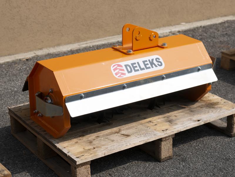 slagleklipper-til-mini-gravemaskine-80cm-hydraulisk-kratknuser-mod-ar-80