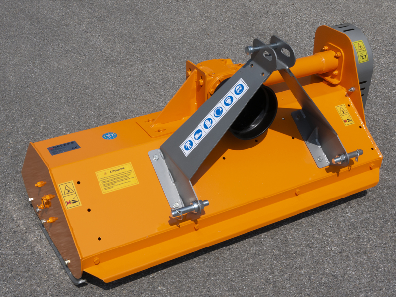 slagleklipper-for-kompakte-traktorer-165cm-for-john-deere-new-holland-mod-lince-165