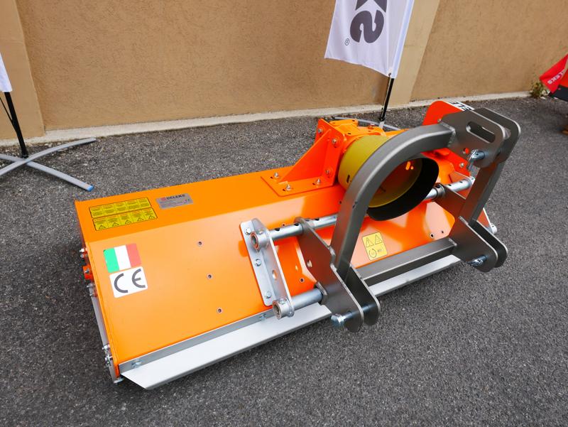 slagleklipper-120cm-med-justerbar-sideforskydning-flerbruks-med-hammerslagle-lince-sp120