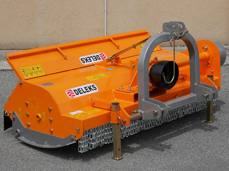 slagleklipper-med-justerbar-sideforskydning-til-middels-store-traktorer-mod-tigre-160