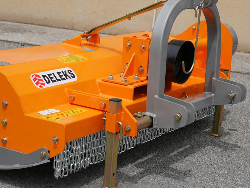 slagleklipper-betepudser-med-justerbar-sideforskyvning-til-traktorer-med-50-90hk-tigre-180