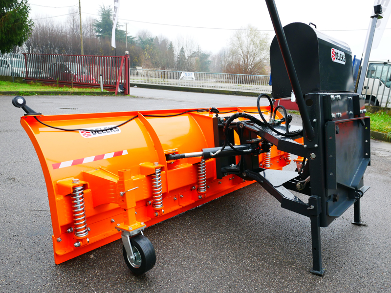 tungt-sneblad-til-traktor-med-universel-plade-ssh-04-2-2-a