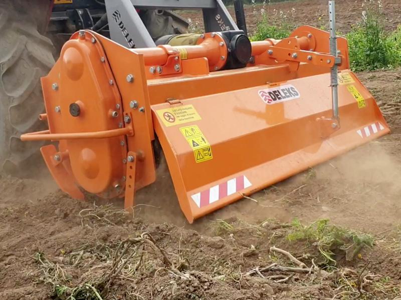 tung-jordfræser-for-traktorer-bælte-traktorer-arbejds-bredde-135cm-mod-dfh-135