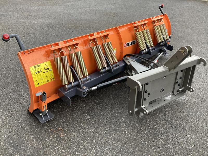 frontal-sne-blad-med-3-punkt-fæste-til-traktor-ln-250-c