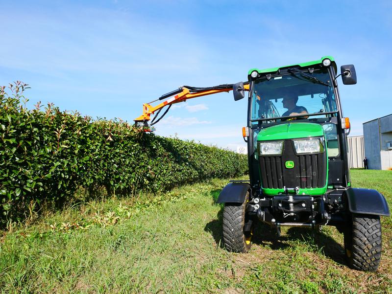 hydraulisk-gren-og-hækkeklipper-til-traktor-falco-130
